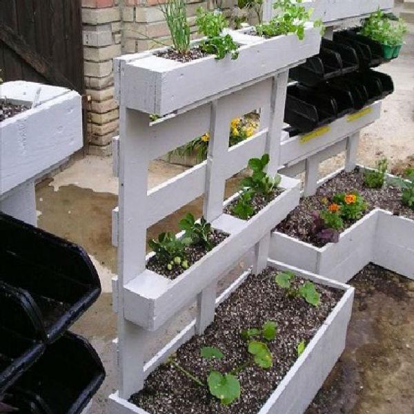 palette bois pour jardiniere de jardin